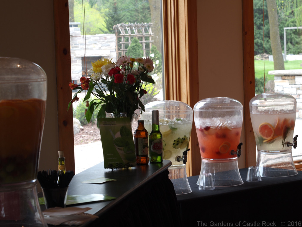 With a Twist Bartending Service ~ Minnesota Wedding Venue The Gardens of Castle Rock Spring Open House 2016