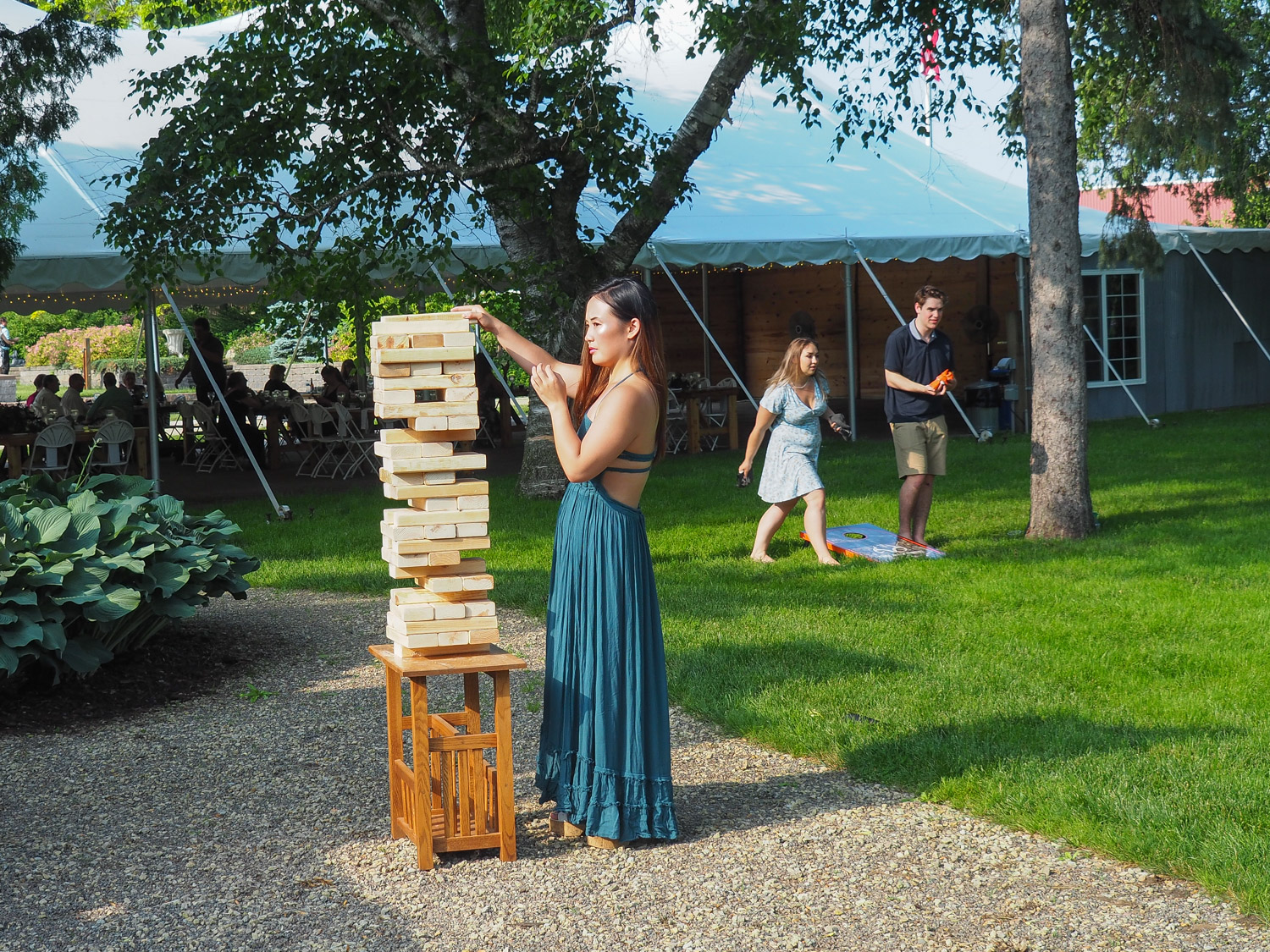 15 Games And Entertainment Ideas For Your Outdoor Wedding The Gardens Of Castle Rock
